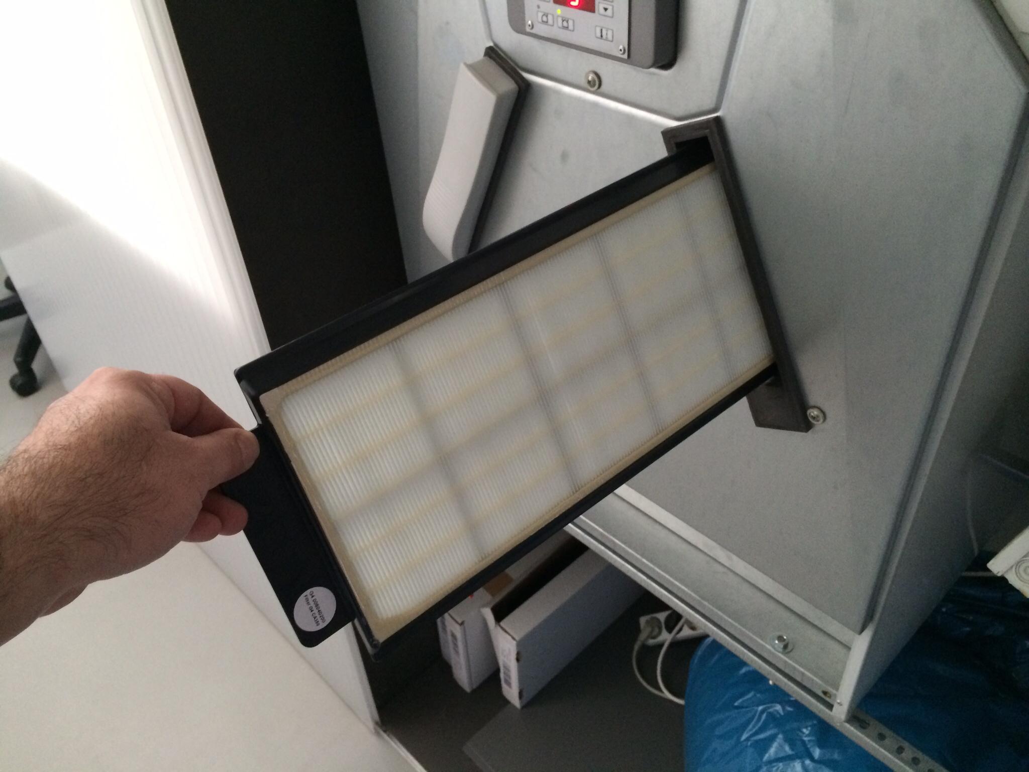 Abluftfilter 2 - Raucher - eingesetzt am 24.02.2014 12:00 Mittag